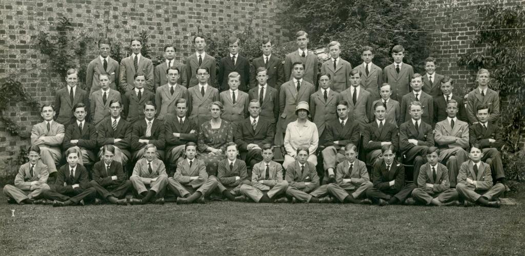 Abbeylands, 1927