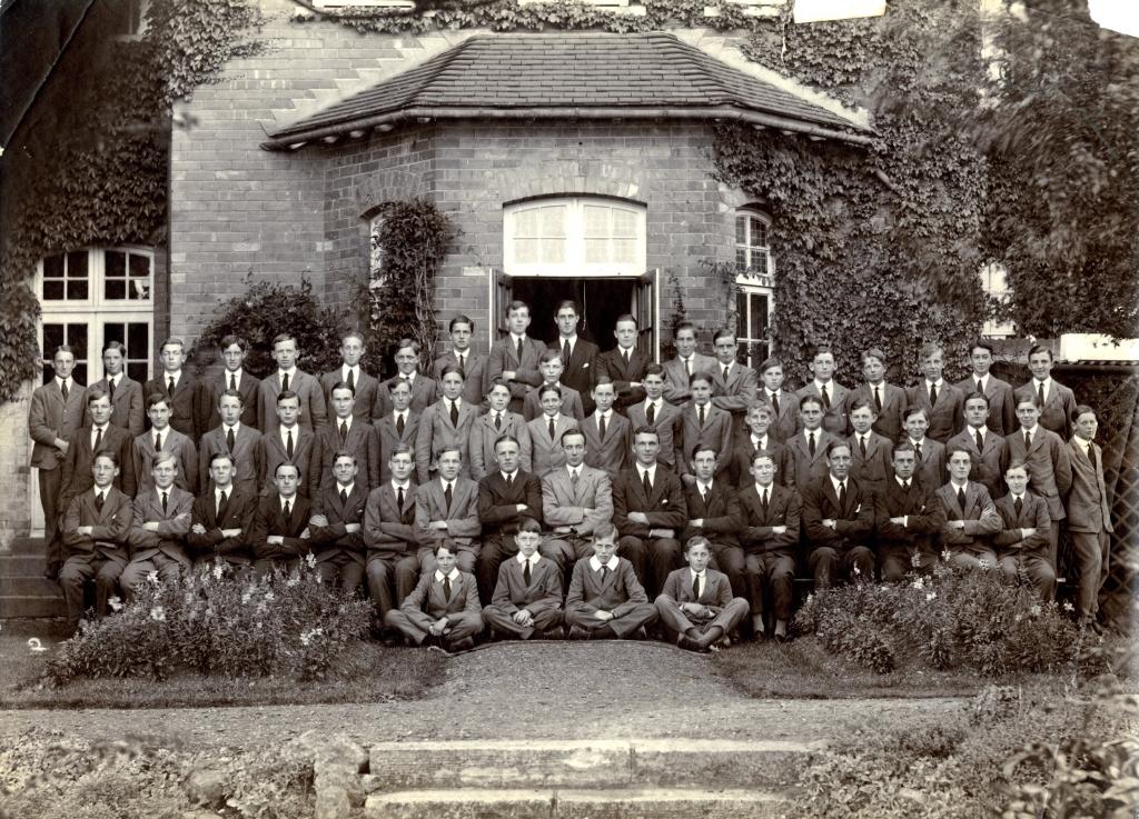 Lyon House, 1925