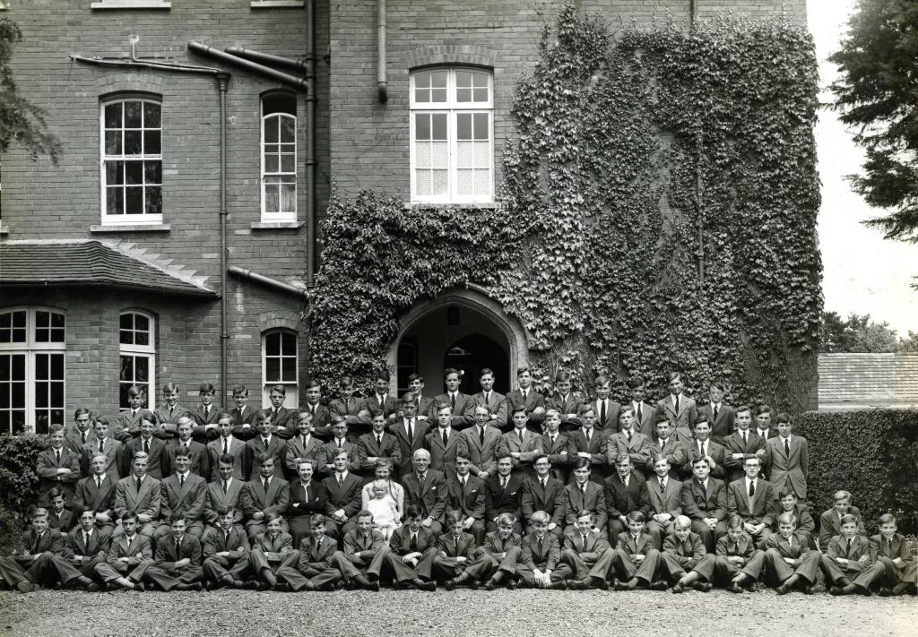 Lyon House, 1954